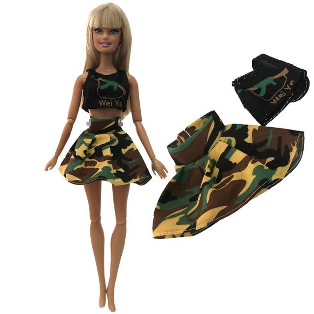 Barbie Downblouse