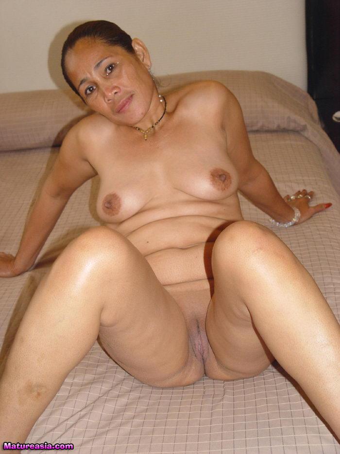 Milf nude filipina Filipina Nude